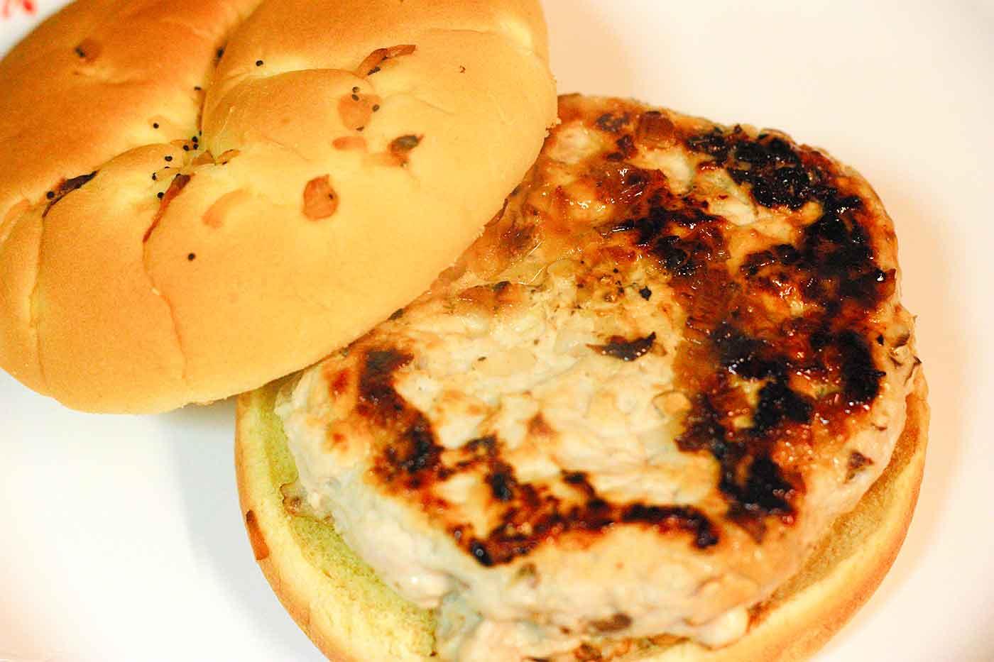 Turkey Burgers with Major Grey's Chutney