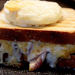 Croque-Madame with Mornay Sauce