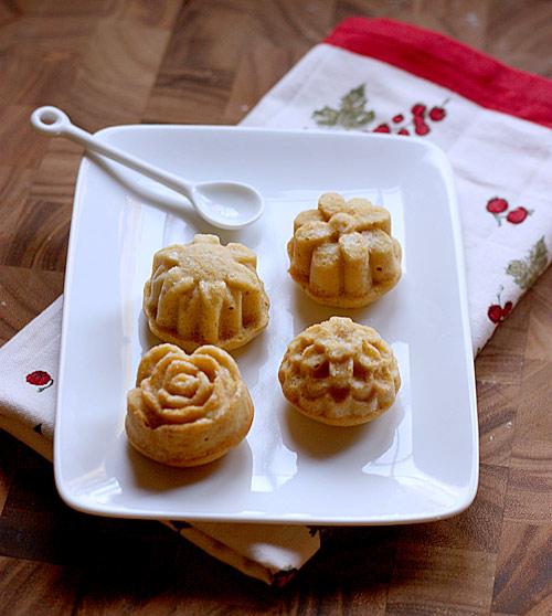 Honey Spiced Tea Cakes