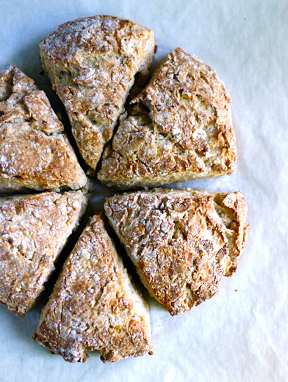 Roasted Banana Bread Scones