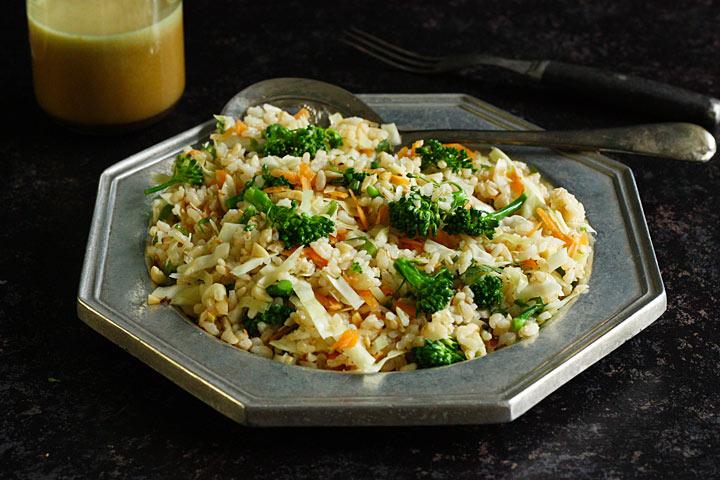 Asian brown rice + veggie salad