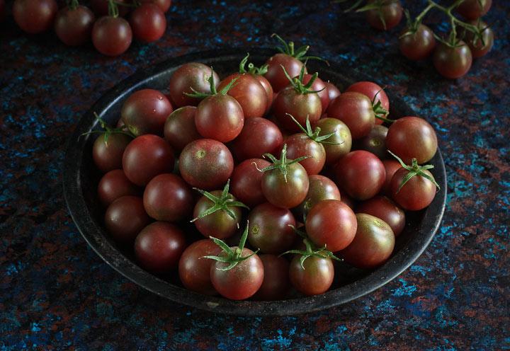 Tomatoes, tomatoes, tomatoes + black cherry tomato sauce