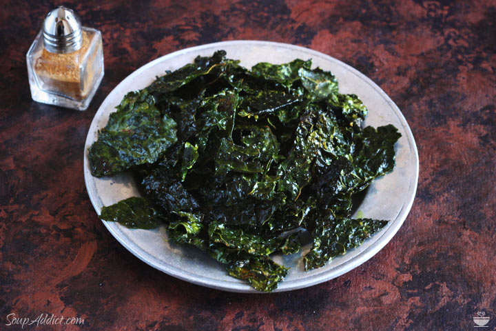 Superfood kale chips with super spices