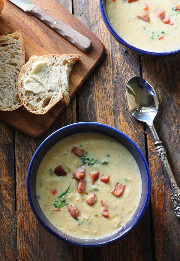 Southwest Broccoli Queso Chowder | SoupAddict.com