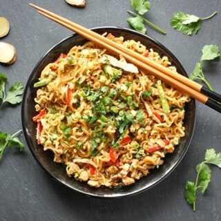 ramen-noodle-stir-fry-featured
