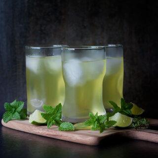 3 Turmeric Drinks | SoupAddict.com