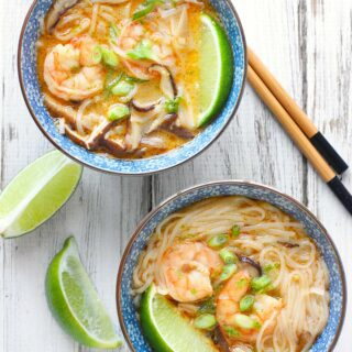 Shrimp Shiitake Curry Soup