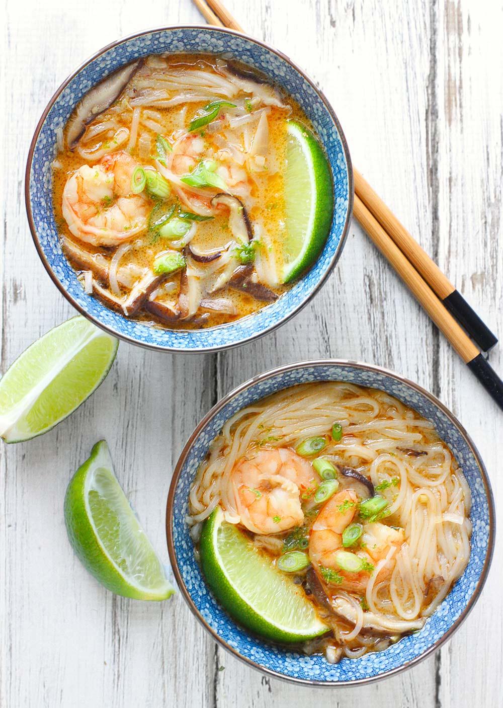 Shrimp Shiitake Curry Soup | SoupAddict.com