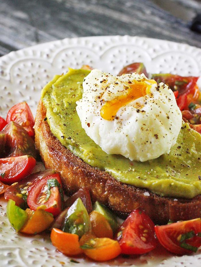 Avocado Fried Toast with Poached Egg | SoupAddict.com