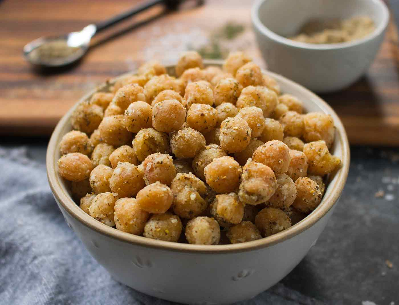 Dill Pickle Chickpeas in a bowl